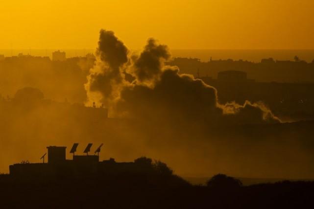En 17 jours de conflit, au moins 798... (PHOTO AMIR COHEN, REUTERS)