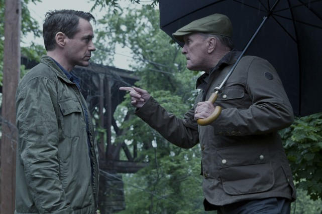Robert Downey Jr. et Robert Duvall dans The... (Photo: fournie par Warner Bros.)