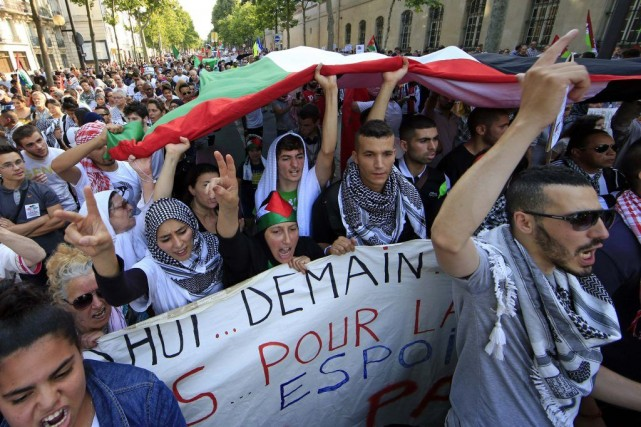 Une manifestation propalestinienne le 23 juillet, à Paris.... (Photo Reuters)