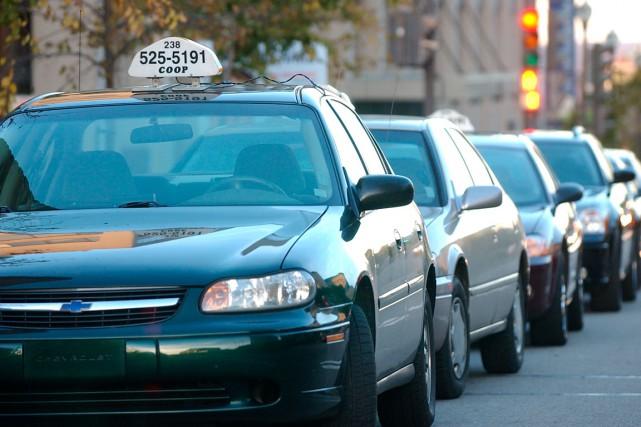 Les centrales de taxi ne portent pas Uber...