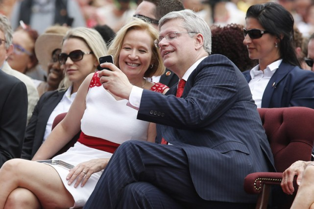 Laureen Harper et son mari lors de laFête... (Archives Reuters)
