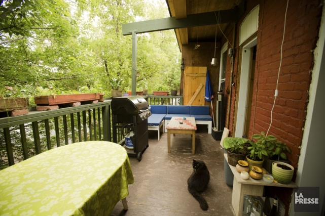 Les balcons contribuent au charme des quartiers de... (Photo: Ninon Pednault, La Presse)