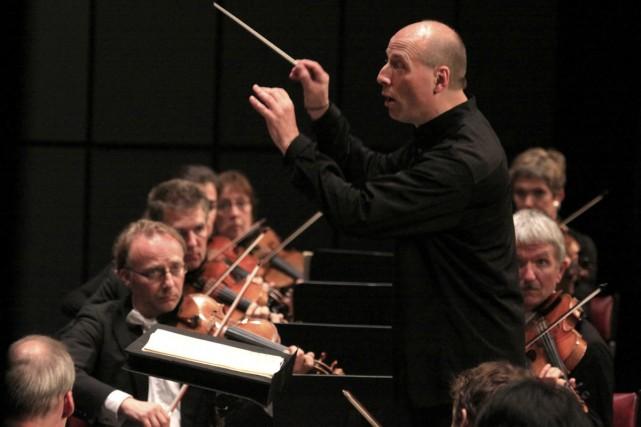 Le chef Paavo Järvi et la Deutsche Kammerphilharmonie... (Photo: Baptiste Grison, fournie par le Festival de Lanaudière)