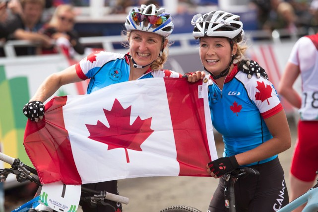 Les Canadiennes Catharine Pendrel et Emily Batty ont... (Photo Andrew Vaughan, PC)