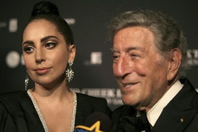 Lady Gaga en compagnie de Tony Bennett.... (Photo: AP)
