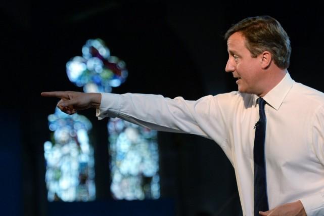 Le premier ministre britannique David Cameron souhaite s'attaquer... (PHOTO STEFAN ROUSSEAU, AFP)