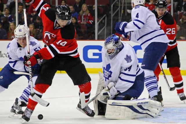 Les organisations des Maple Leafs et des Devils... (Photo: Reuters)