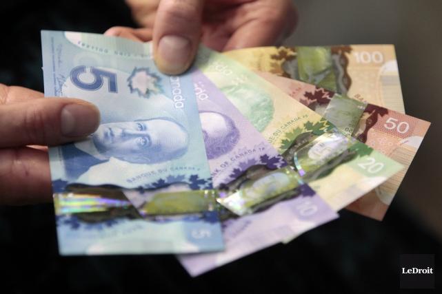 De 2001 à 2013, la valeur des billets... (Photo Étienne Ranger, archives Le Droit)