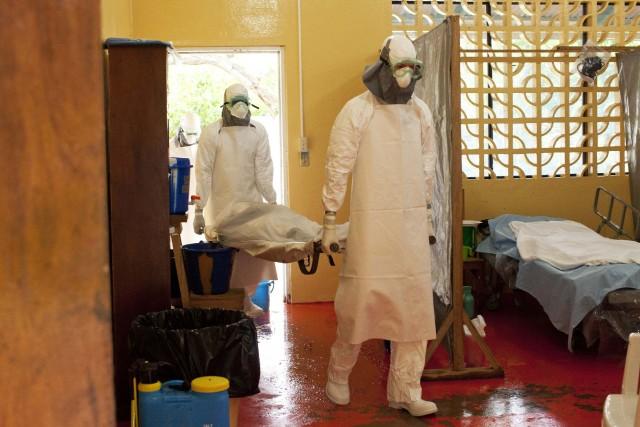 Au Liberia, 129 personnes sont décédéessur un total... (PHOTO REUTERS)