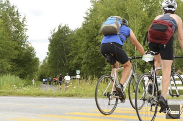 La limite de vitesse sur ses pistes cyclables... (Photos Stéphanie Mantha)