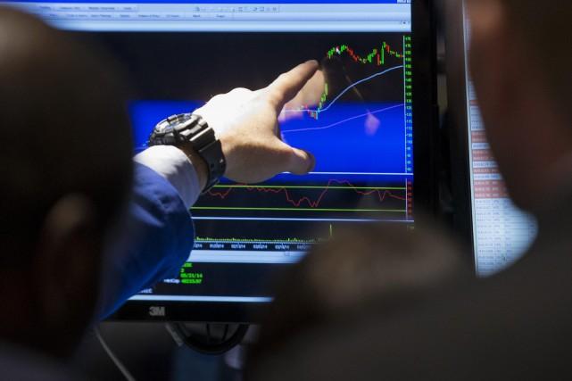 Dans un contexte de hausses prévisibles de taux obligataires, une... (Photo Brendan McDermid, Archives Reuters)