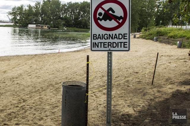 La plage municipale de Longueuil, fermée mercredi en raison de la mauvaise... (Archives La Presse)