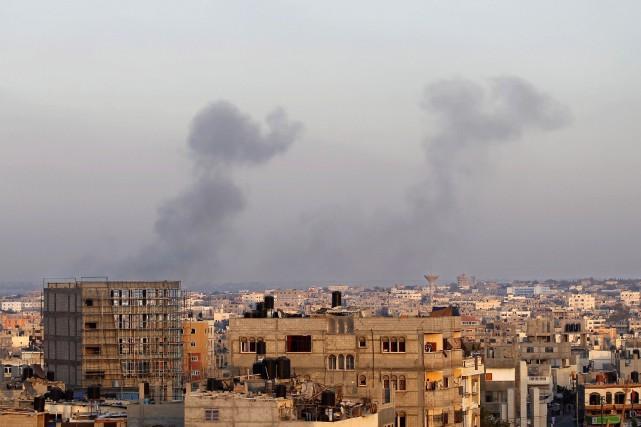 Les précédents cessez-le-feu humanitaires, unilatéraux, ont volé en... (Photo AFP)