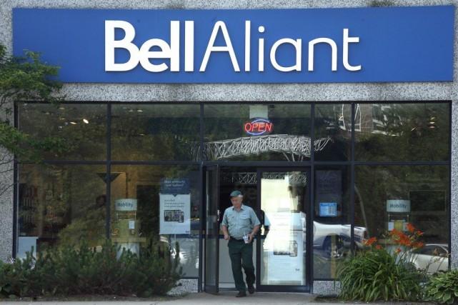 Une succursale de Bell Aliant àDartmouth, en Nouvelle-Écosse.... (PHOTO DARREN PITTMAN, PC)
