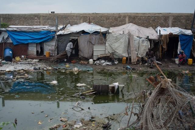 Plusieurs personnes ont été relocalisées après de fortes... (PHOTO CHARLES LOMODONG, AFP)