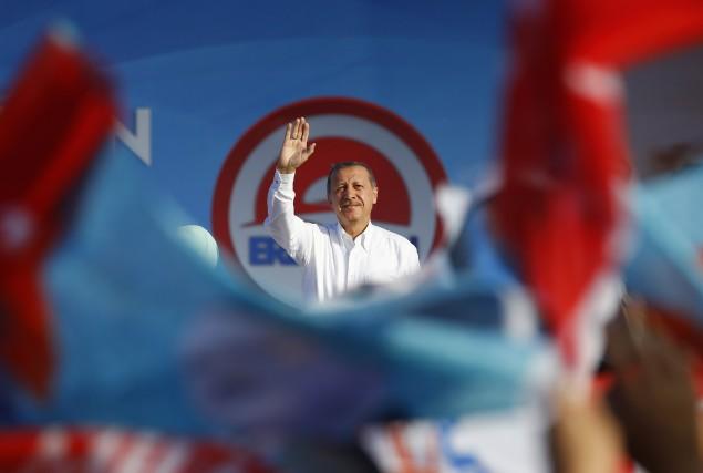 Recep Tayyip Erdogan, ancien maire d'Istanbul, souhaite voire... (PHOTO MURAD SEZER, REUTERS)