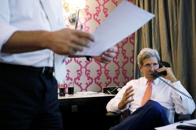 John Kerry lors d'un entretien téléphonique avec le... (Photo: Reuters)
