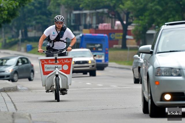 Question de sécurité, Véli-Express conseille à ses livreurs... (Le Soleil, Yan Doublet)