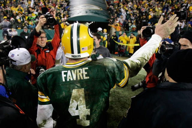 Brett Favre... (PHOTO ARCHIVES ASSOCIATED PRESS)