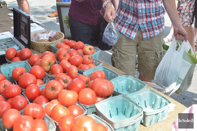 Vos tomates, patates, carottes et autres fruits et... (Le Soleil, Jean-Marie Villeneuve)