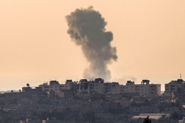 Depuis plusieurs semaines, Israël bombarde la bande de... (PHOTO JACK GUEZ, AGENCE FRANCE-PRESSE)