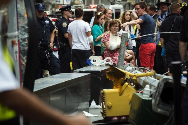 Au total, 11 personnes ont été blessées, trois... (Photo Lucas Jackson, Reuters)