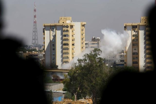 Tripoli est depuis la mi-juillet le théâtre de... (Photo MAHMUD TURKIA, AFP)