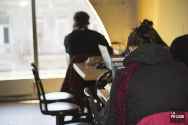 Les cégeps du Québec rapportent une très légère hausse de leur clientèle pour... (PHOTO NINON PEDNAULT, ARCHIVES LA PRESSE)