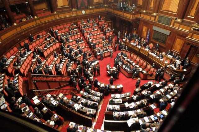 À l'heure actuelle, le Sénat est composé de... (PHOTO ARCHIVES ASSOCIATED PRESS)