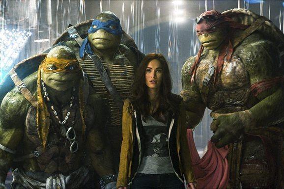 Les ninjas Michelangelo, Leonardo, Megan Fox dans le... (Photo Paramount Pictures / Industrial Light & Magic)