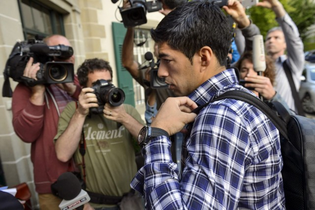 Luis Suarez... (Photo Laurent Gillieron, AP)