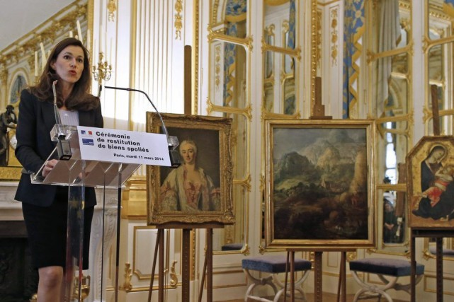 La ministre française de la Culture Aurélie Filippetti explique... (Photo Archives Reuters)