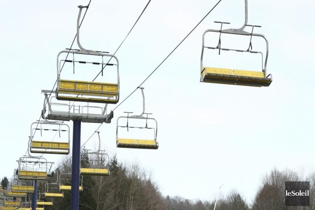 Il ne fallait pas avoir le vertige, samedi, à la station de ski du... (Photothèque Le Soleil)