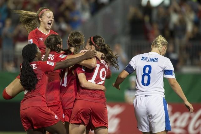 Nichelle Prince a inscrit le but qui a... (Photo Chris Young, La Presse Canadienne)