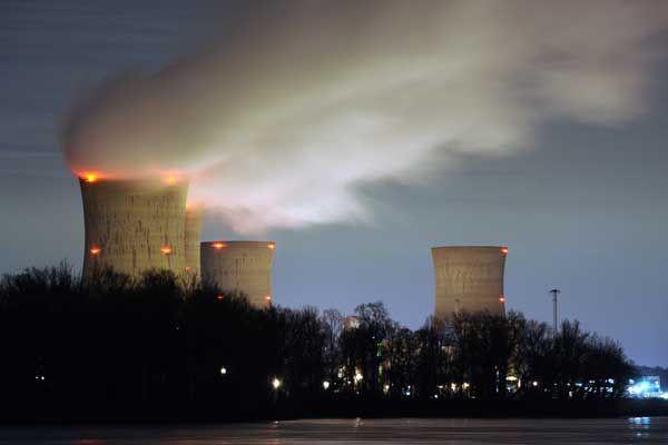 Les acteurs de l'industrie nucléaire «commencent, mais ont... (Photo archives Reuters)