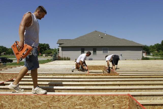 Les dépenses de construction aux États-Unis ont rebondi plus qu'attendu en... (Photo Seth Perlman, Archives Associated Press)