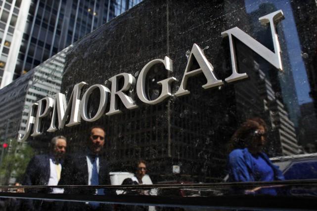 La banque américaine JPMorgan Chase (JPM) a gagné moins... (Photo archives Reuters)
