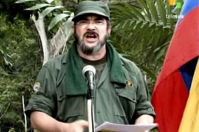 Le chef de la guérilla des Forces armées... (PHOTO ARCHIVES AFP)