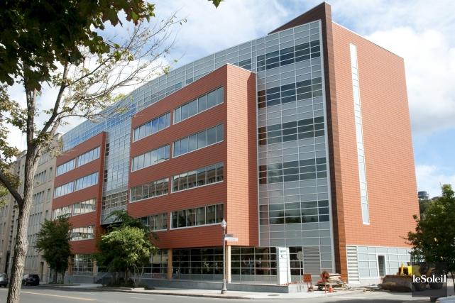L'édifice Fondaction de Québec est considéré comme le... (Photothèque Le Soleil)