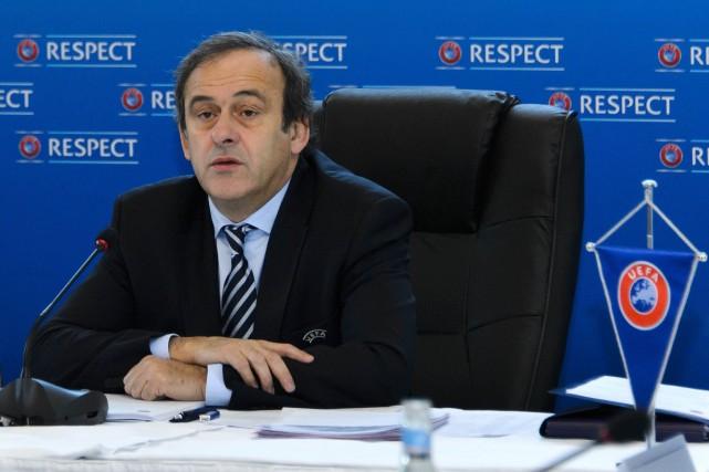 Le président de l'UEFA,Michel Platini... (FABRICE COFFRINI, ARCHIVES AFP)