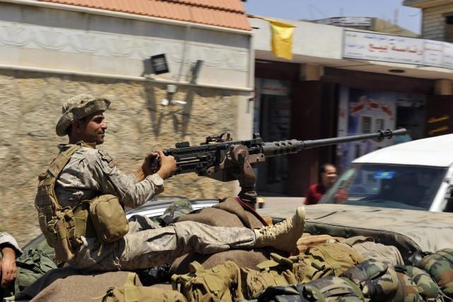 L'armée libanaise a demandé publiquement l'aide de la... (Photo HASSAN ABDALLAH, Reuters)