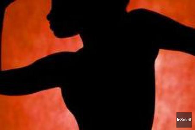 Une danseuse nue qui était sous le coup d'une interdiction de consommer de... (Photothèque Le Soleil)