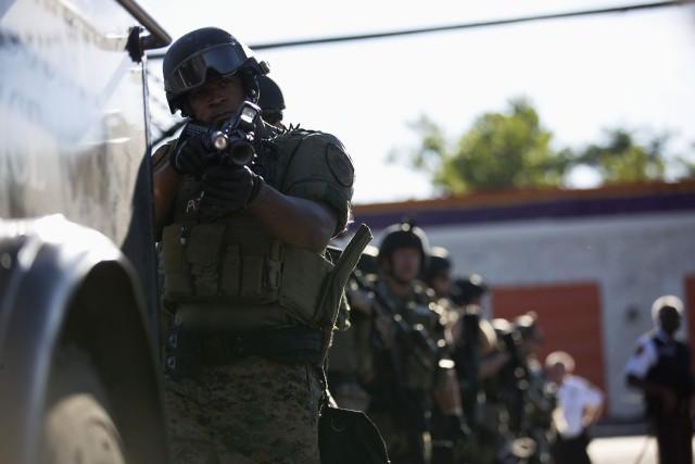 Après les violentes manifestations qui avaient suivi la... (PHOTO MARIO ANZUONI, ARCHIVES REUTERS)