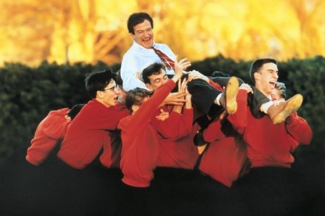Robin Williams dans La société des poètes disparus.... (Photo: fournie par ICI Radio-Canada Télé)