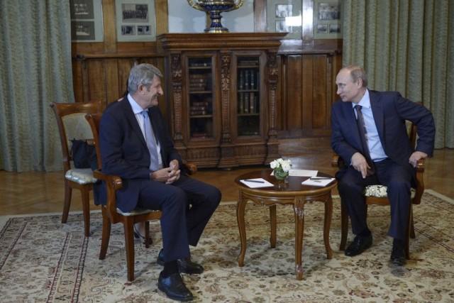 Reçu pendant près d'une heure par Poutine dans... (Photo ALEXANDER ZEMLIANICHENKO, AFP)
