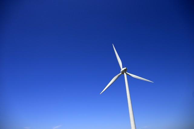 L'auteur estime que le développement de l'éolien est... (Photo Benoit Tessier, archives Reuters)