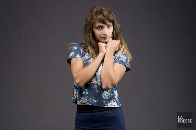 Dire que la comédienne de 29 ans est occupée est un euphémisme. De la danse, du... (PHOTO OLIVIER PONTBRIAND, LA PRESSE)