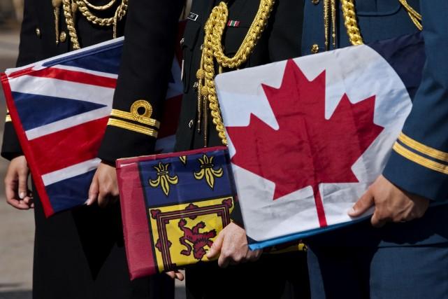 2011 - Le gouvernement canadien rétablit les désignations traditionnelles des... (Archives, La Presse canadienne)
