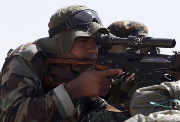 Dans leur première tentative de reprendre le barrage... (PHOTO AHMAD AL-RUBAYE, AFP)