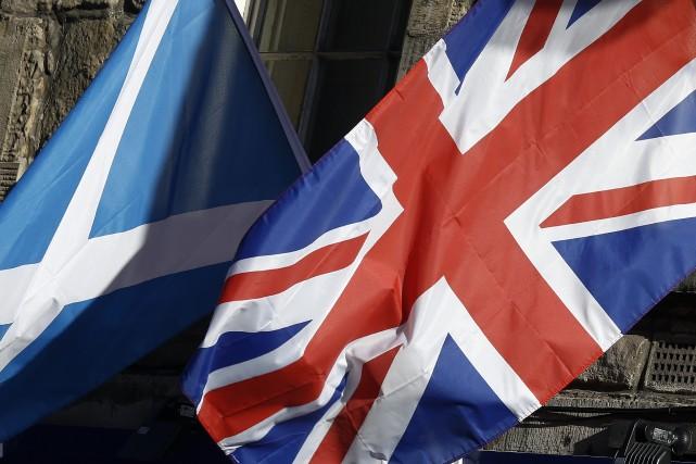 Deux sondages montrent que l'indépendance sépare l'Écosse en deux camps presque... (Photo Simon Dawson, Bloomberg)